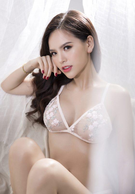 Clip sex Phí Huyền Trang Hotgirl Mỳ gõ